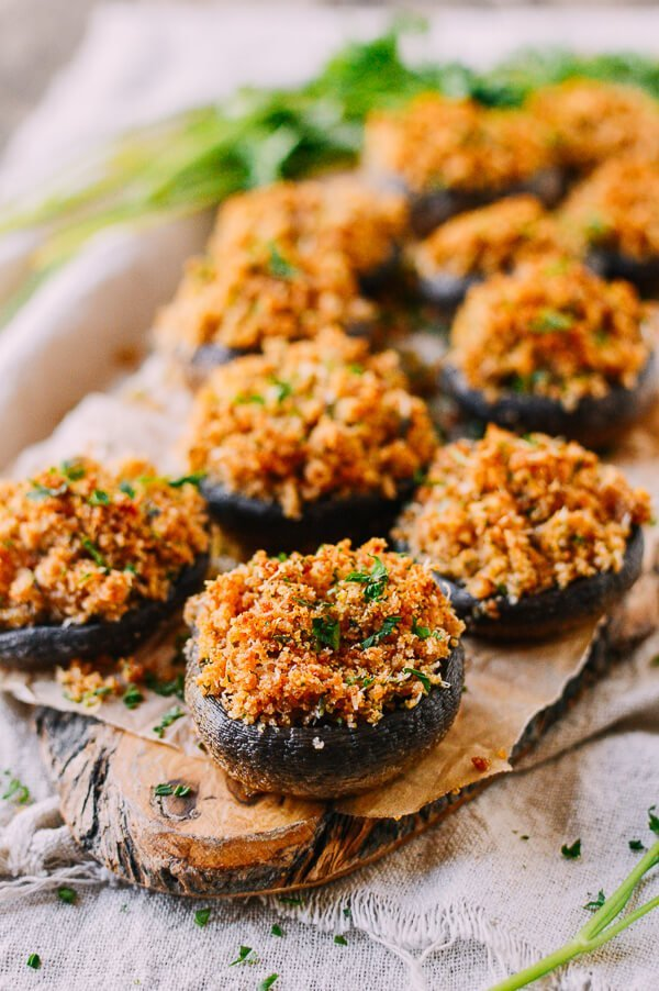 Classic and Easy Stuffed Mushroom